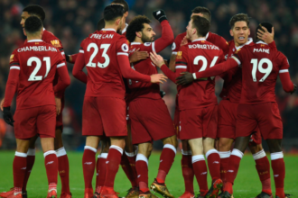 Liverpool clinch late victory over Crystal Palace