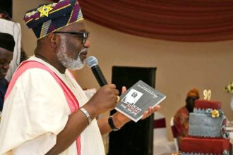 Ondo gov, Akeredolu talks tough, says 'Incompetent' Oshiomhole not fit to be APC chairman