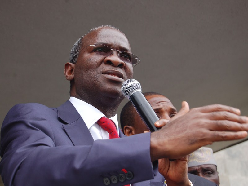 Fashola cautions governors against rehabilitating federal roads without approval