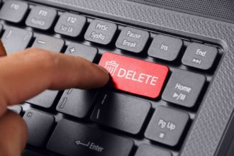 How to handle social media crisis without the option of delete?