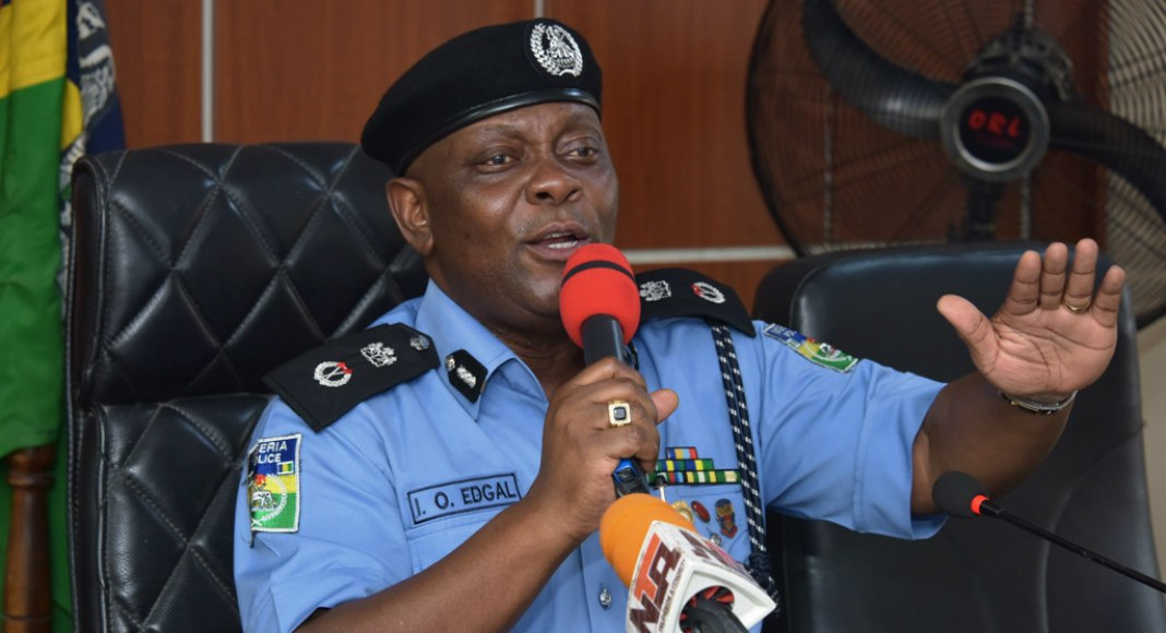 Police arrest five armed robbery suspects in Lagos