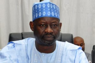 Dankwambo mocks Amosun during visit to Obasanjo, says 'there are no potholes in Gombe…'