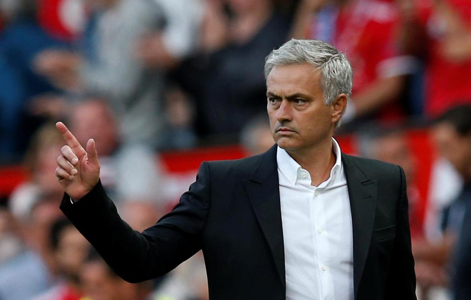 Mourinho lauds Solskjaer as United continue turnaround