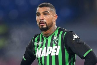 Transfer news: Ghanaian midfielder Boateng to complete Barca move