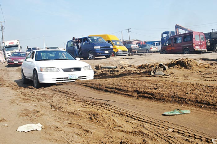 FG begins expansion, rehabilitation works on Lagos-Badagry Expressway