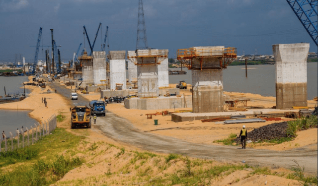 FG likely to complete 2nd Niger bridge before 2022 – Works Ministry