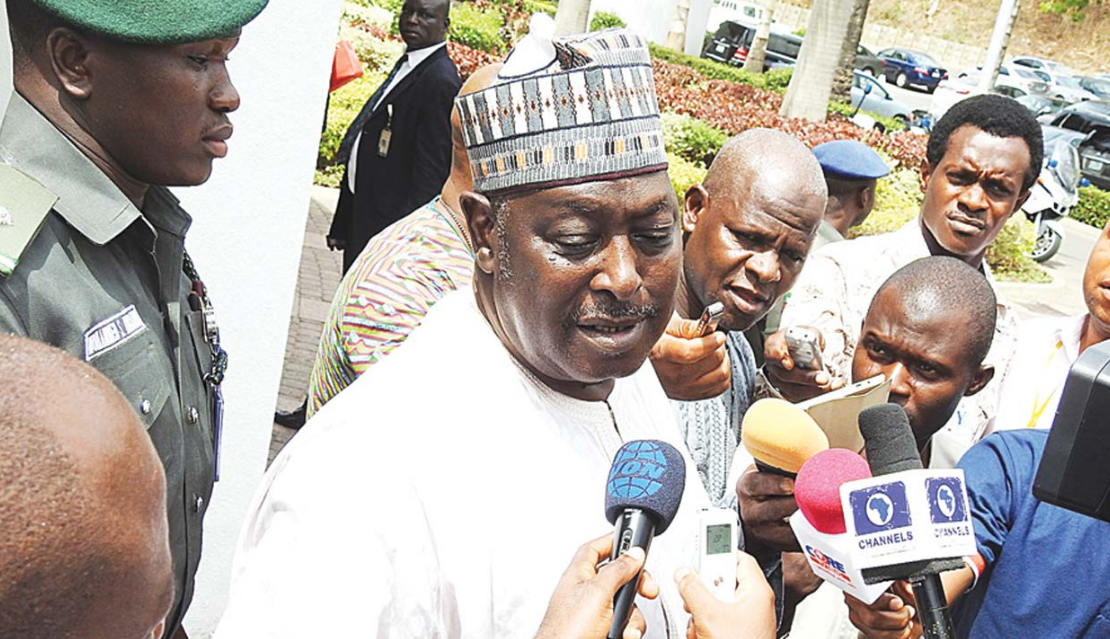 Photo of Update: Buhari urges EFCC to continue investigation of Babachir Lawal and Ayodele Oke