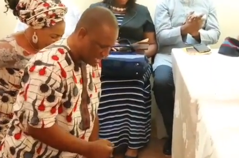 Photo of Tope Alabi and Her husband dedicate  their new home