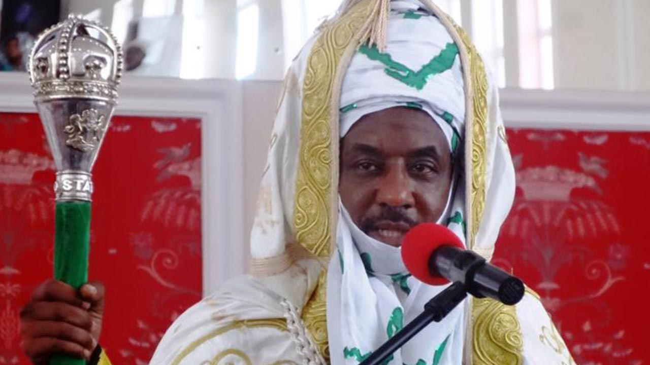 Photo of Emir Sanusi to beggars: If you must beg, beg govt not individuals