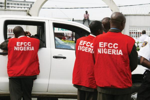 Photo of We are not currently recruiting, EFCC says, disclaims fake recruitment letter, portal