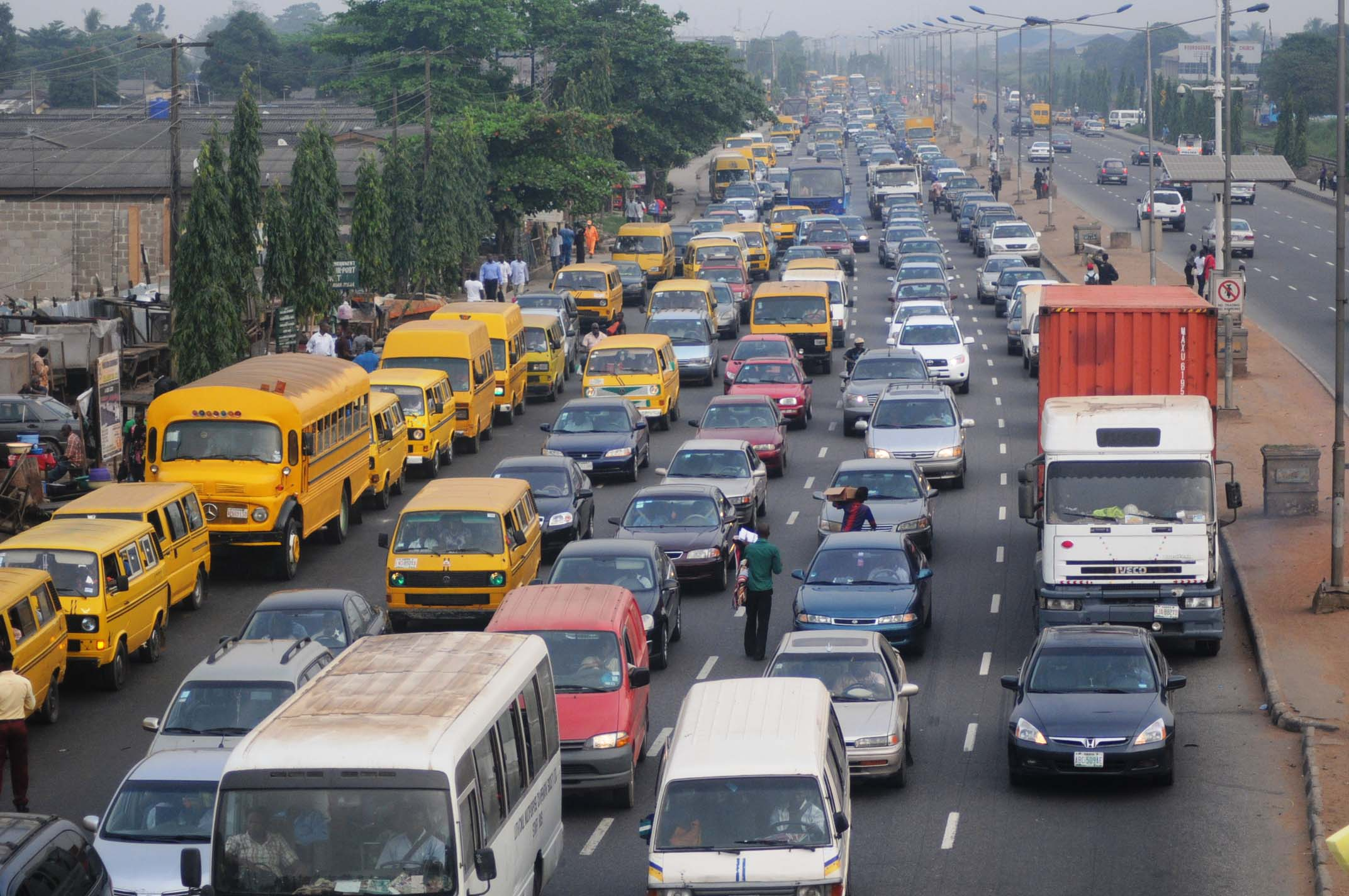 Drivers in Lagos spend 1516 hours in traffic, Los Angeles 128 hours - Report
