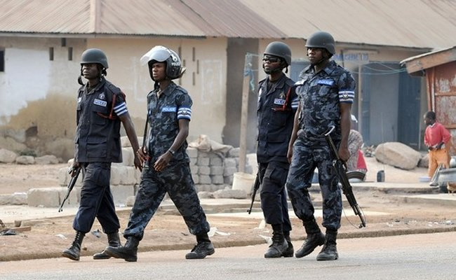 Police, vigilante groups foil robbery attack in Osun