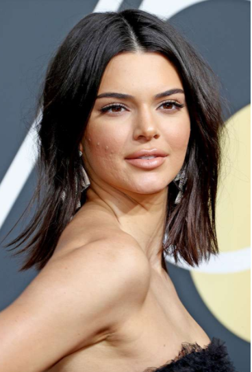 Photo of Kendall Jenner reacts to criticisms over her acne infested face at #GoldenGlobes