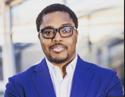 Photo of Adenuga's son shares his love life experience on twitter