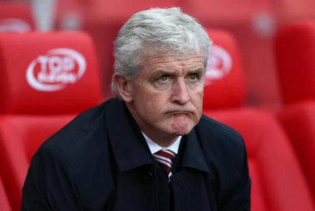 Photo of Stoke City sack manager Mark Hughes
