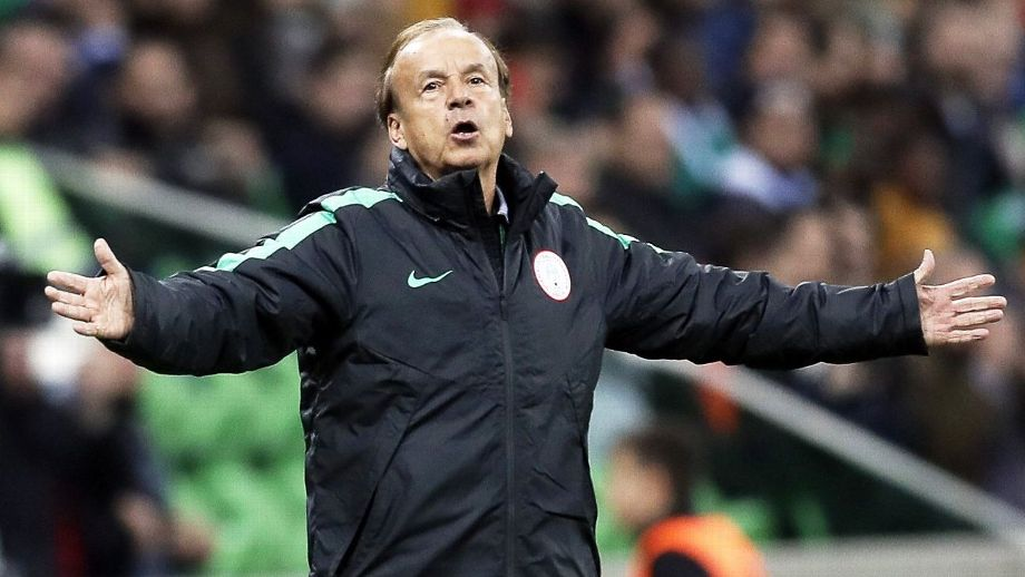 Photo of Super Eagles coach, Rohr volunteers to help struggling Bordeaux