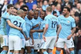 Aguero, Walker seal late victory for Manchester City