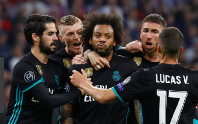 Photo of Real Madrid grab much-needed win with late goals against Real Valladolid
