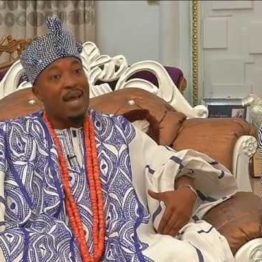 Pandemonium broke out at the office of the Assistant Inspector-General of Police (AIG), Zone 11, Osogbo, Osun State, on Friday when the controversial monarch, Oluwo of Iwoland