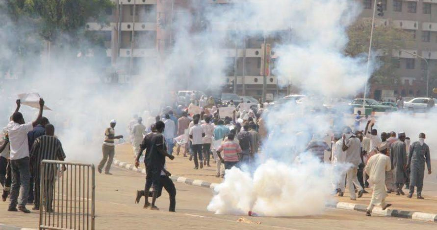 Photo of Police disperse IMN protesters in Abuja