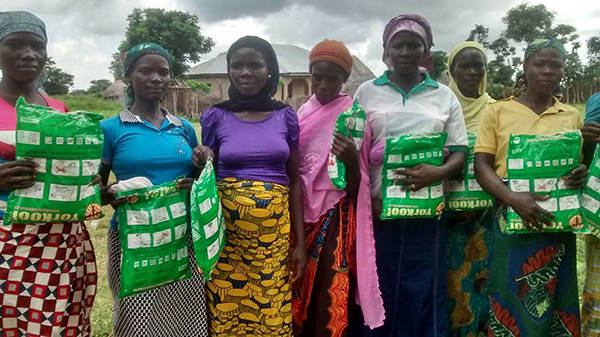 Photo of Plateau gets 3.2m mosquito nets from USAID