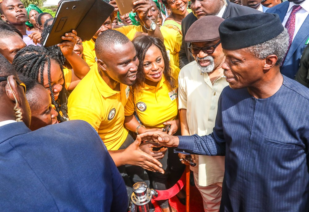 Photo of FG distributes tools, equipment to N-Power beneficiaries