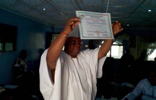 Photo of Osun PDP candidate Adeleke didn't graduate from U.S. varsity, as claimed