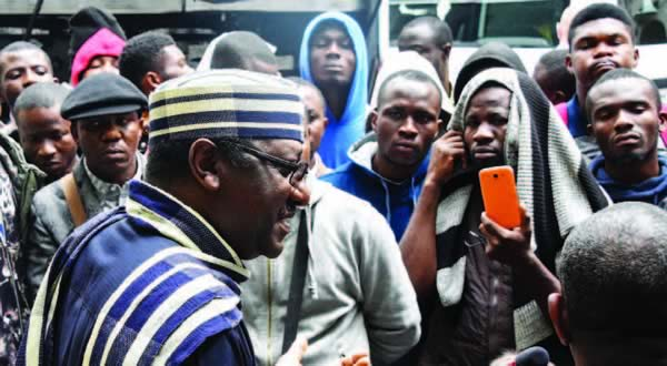 Photo of Russia 2018: Stranded Nigerian fans storm embassy