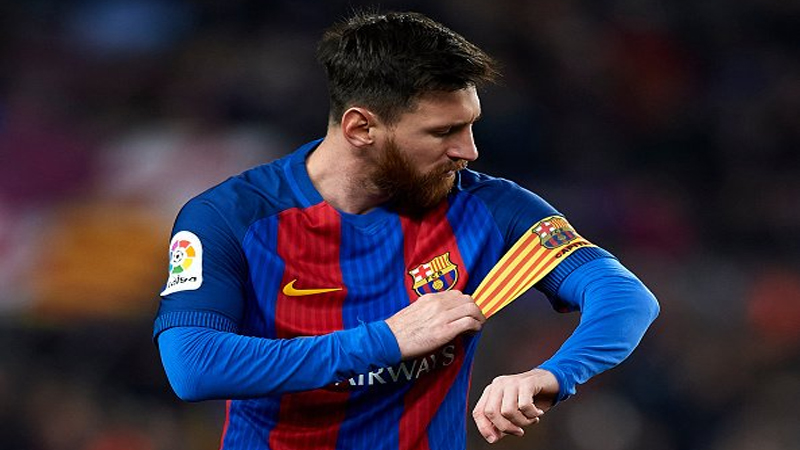 Photo of New Barca boss to speak with unhappy Messi