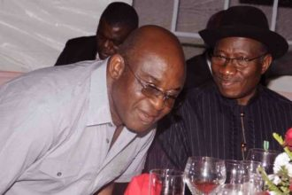 2019: Jonathan declares support for David Mark