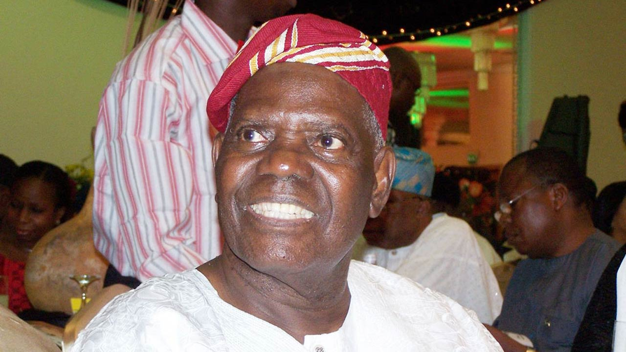 Photo of APC congratulates Bisi Akande on 82nd birthday