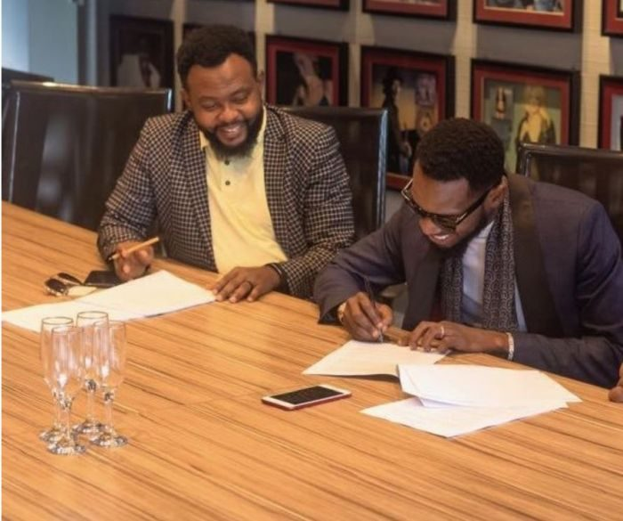 Photo of D'banj, Sony Music sign record deal