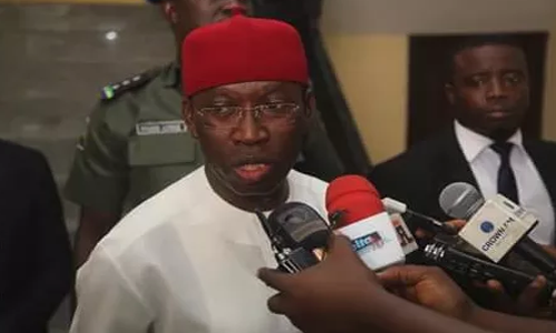 Photo of Delta Governor, Ifeanyi Okowa loses 88-year-old father