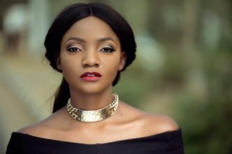 Simi apologizes for condemning homosexuality