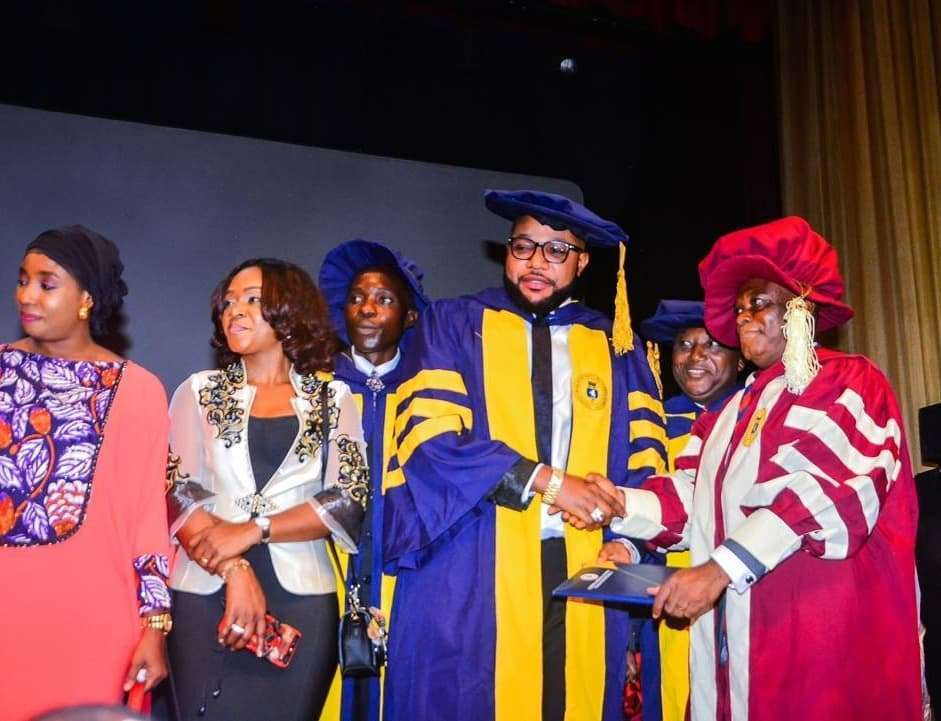 Photo of E-Money bags Doctorate Degree