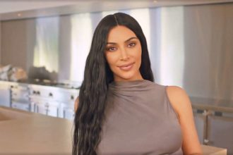 Kim Kardashian tests positive for lupus, rheumatoid arthritis