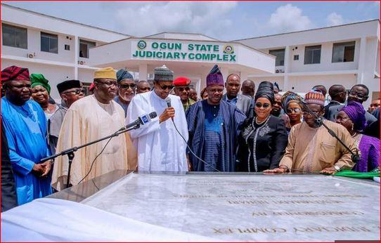 Photo of Buhari inaugurates projects in Ogun