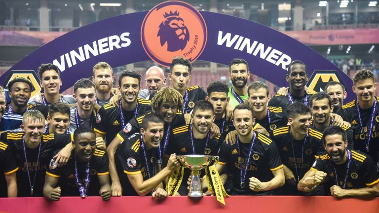 Photo of Wolves beat Olympiacos, to meet Sevilla in Europa quarters