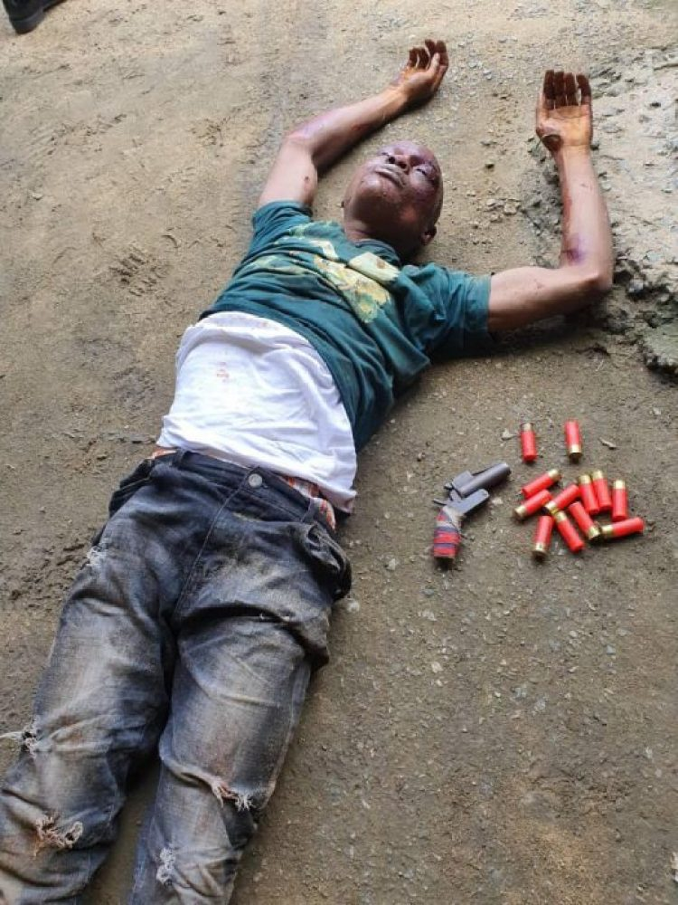 Photo of Graphic photo: Notorious Rivers kidnap kingpin, 'Devil' gunned down