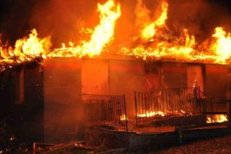 Fire razes another building in Lagos