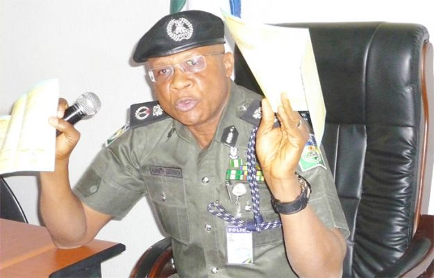 Photo of New Ogun CP, Embrimson resumes, pledges physical policing