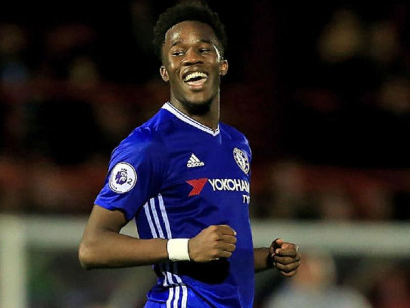 Photo of Chelsea starlet Ugbo open to Eagles switch
