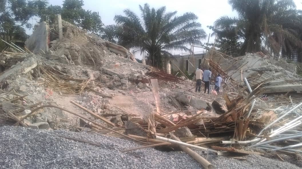 Photo of Photo: Lagos demolishes 4 two-storey buildings for failing integrity test