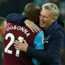 Entire West Ham squad for compulsory COVID-19 tests after Moyes, two players test positive