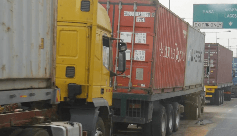 Photo of FRSC to impound flatbed trailers without proper latching