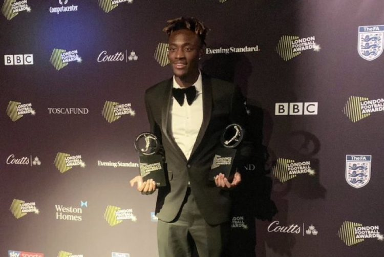 Photo of Tammy Abraham named Premier League Player of the Year