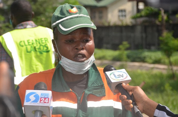 Photo of LAWMA rewards outstanding sweeper