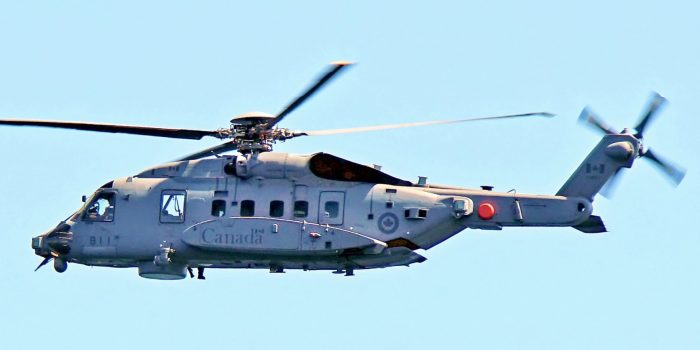 Photo of One dead, five missing as Canadian Navy helicopter crashes