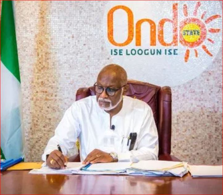 Photo of Akeredolu orders herders to quit forest, bans night grazing