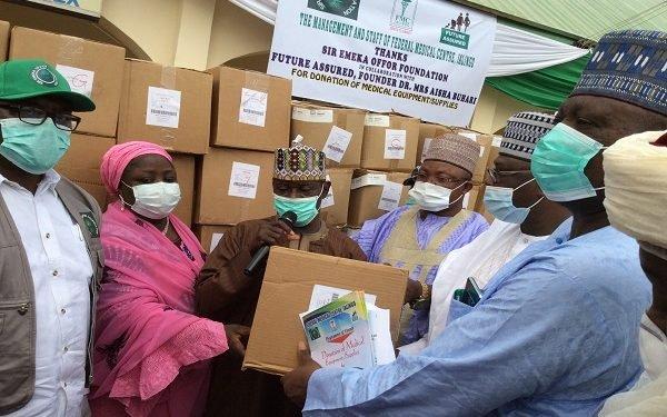 Photo of Aisha Buhari, Offor donate $380,000 medical equipment to Taraba